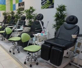 Photo of Кушетка для масажу та інше обладнання для б'юті-індустрії від «Медісон»