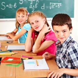 Photo of Лікарі радять починати шкільні уроки в 8-30 ранку