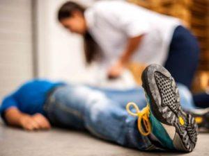 Photo of Неприємні непритомність при судинної дистонії: як уникнути падінь і допомогти, якщо цього не вдалося