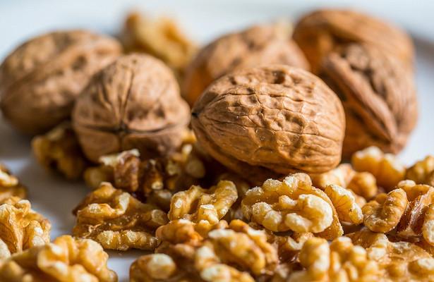 Photo of Американські вчені повідомили про зниження ризику раку при вживанні волоських горіхів